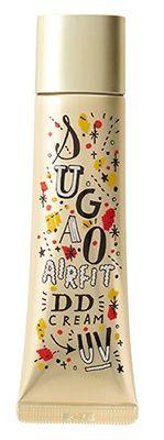 """素肌本来のかわいさを引きだすメイクシリーズ「SUGAO」から、大人気のイラストレーター、関根正悟さんのデザインパッケージが数量限定で登場しました!今回発売されたのはSUGAOのCCクリームとDDクリームの2種類。  どちらも毎日のメイクタイムが楽しくなりそうなポップなデザインです。スガオ エアーフィット CCクリームピュアナチュラル/ピュアオークル 各¥1,490(税込)  CCクリームの""""CC""""とは""""Color control""""のこと。 「スガオ エアーフィット CCクリーム」は、エアーフィット®処方で、スフレ感覚のつけ心地。メイクをしているのを忘れてしまう程薄づきながらも、透明感あふれるナチュラルなキレイ肌に仕上げます。 スガオ エアーフィット DDクリーム ピュアナチュラル/ピュアオークル 各¥1,598(税込) DDクリームの""""DD""""とは""""..."""