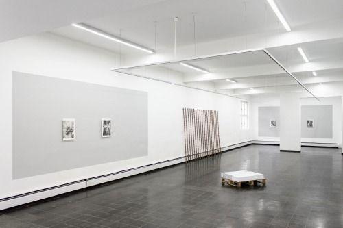 Tim Plamper – Konformität und Verachtung (Conformity and Contempt) Ausstellung im / Exhibition at Kunstverein Eislingen, bis/until 01.03.2015 Exhibition view #01. Egbert Baqué Contemporary Art, Berlin.
