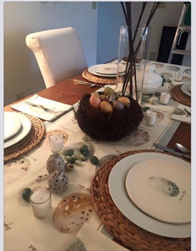 This is another GORGEOUS Pottery Barn/ Williams Somoma place setting by Karen Cassell. (She is so talented.) This one is for Easter and I just love it! - Jennifer     Easter, Easter Table, Easter Tablescape, Pottery Barn, Williams-Sonoma, Speckled Eggs, Nest, Karen Cassell Design
