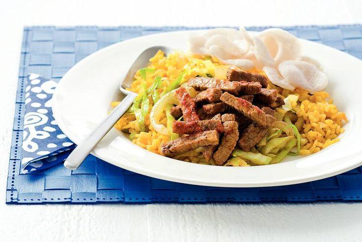 Pikante runderreepjes met gebakken rijst - Recept - Allerhande