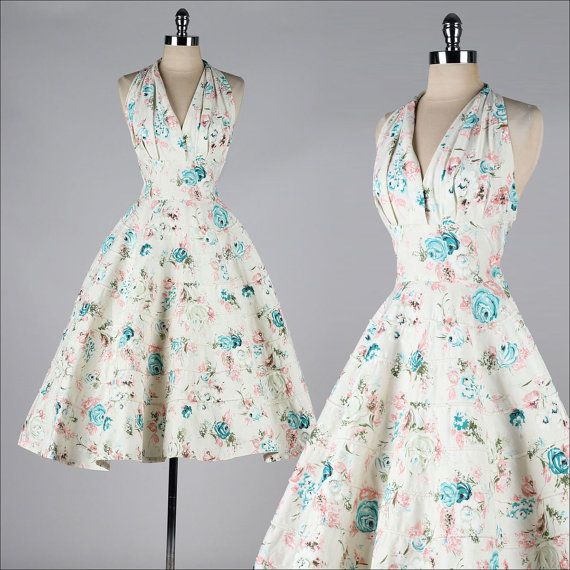 r e s e r v e d /// vintage 1950s halter dress . floral print cotton . quilted piping . 4321
