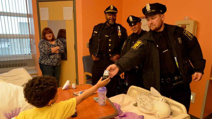 The Obama administration praises Hartford Community Policing! The Hartford Courant story features a photo from a recent special visit the Hartford Police Department made to Connecticut Children's!