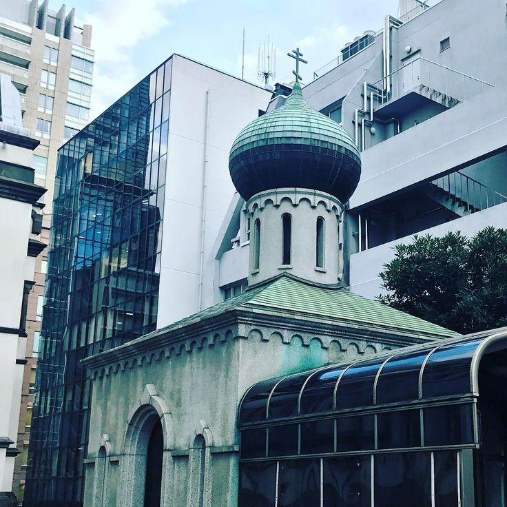 ビルの谷間の八端十字#ニコライ堂 #orthodox #cathedral #architecture #tokyo