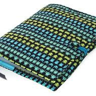 A4 Ring Binder File Cover SPACE ALIENS Great for Back to School, College or University lecture notes. Ideal gift for students or teachers. Padded A4 or US Letter size Ring binder File Cover in Timeless Treasures Space Invaders fabric with a cotton ribb...