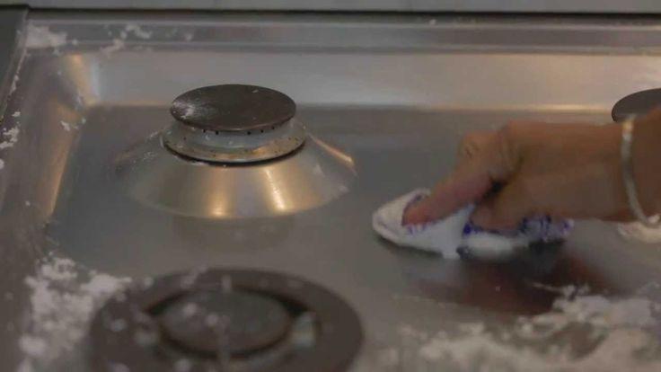 Come pulire i piani di acciaio inox in cucina