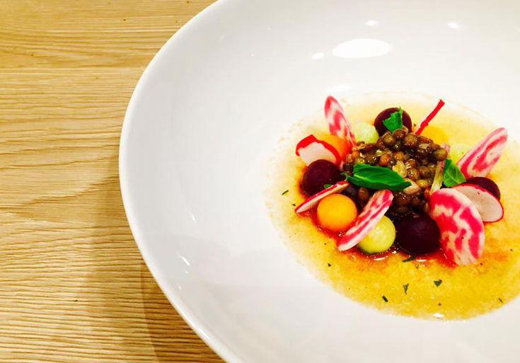 Salade de Lentille verte du Puy, billes de légumes et vinaigrette aux agrumes : une entrée originale pour varier les textures et les parfums ! @sabarotwassner