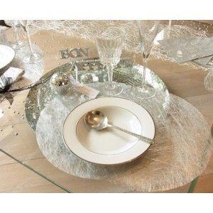 Set de table Fanon métallisé argent rond,  set de table Fanon argent intissé raffiné pour déco de table féerique.