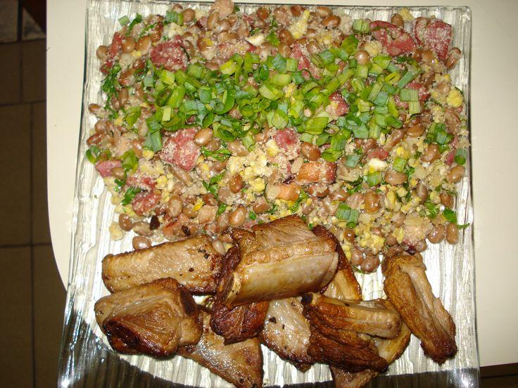 Aprenda a preparar a receita de Feijão tropeiro