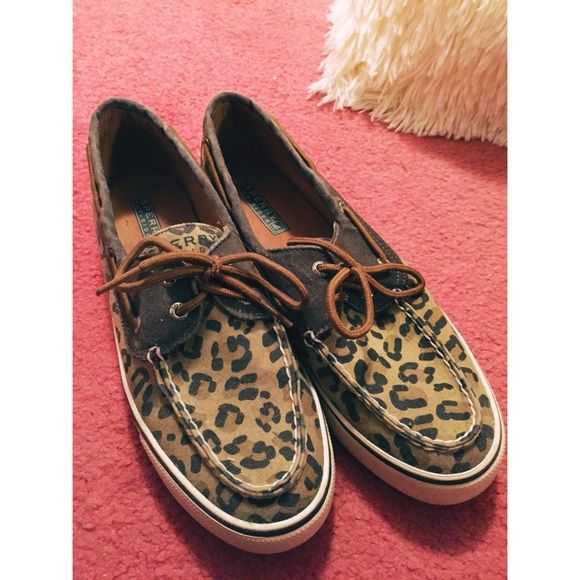 Leopard print sperry shoes Gently used. No damages :) purchased from the sperry store. Not worn too many times. Trendy leopard and brown design. Sperry Shoes Flats & Loafers
