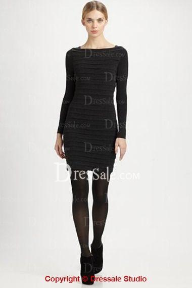 Elegant Black Graduation Dress Features Bateau Neck and Long Sleeve