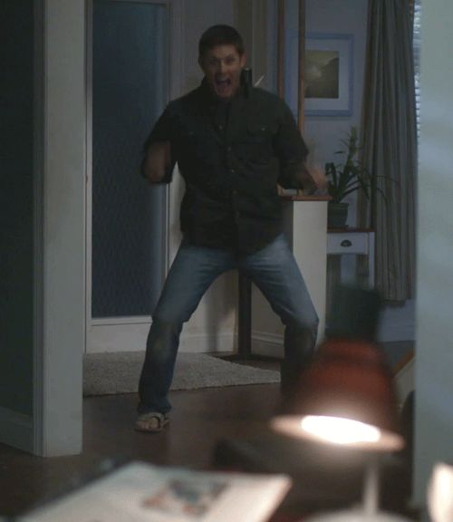 (gif) Excited Jensen Ackles because of the new episode of supernatural tonight!
