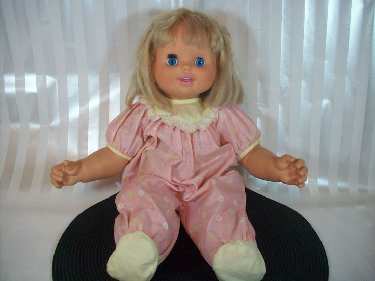 1990 Talking Interactive Kiss Baby Doll Moves Face Mouth Eyes