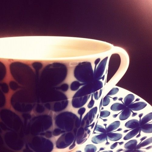 The beautiful tea cup by Marianne Westman at Rörstrand. The Mon Amie series.
