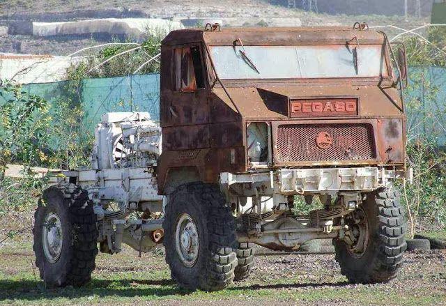 Pegaso truck back engine abandoned Motores Despidos: Para onde vão os carros de corrida depois de se reformarem?