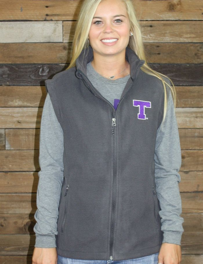Keep it trendy and warm in this new Tarleton State fleece vest, a Barefoot Campus Outfitter exclusive! Show your love for your favorite Texans!
