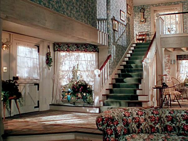 Leave Her to Heaven movie Bar Harbor house (15) I think the overuse of chintz  was what really drove Gene Tierney's character to murder