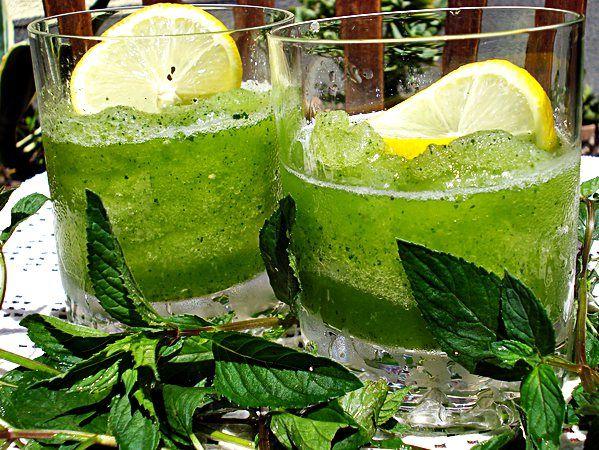 Frissítő jeges finomságok a kánikulában: Limonana és szedres jégkása receptek