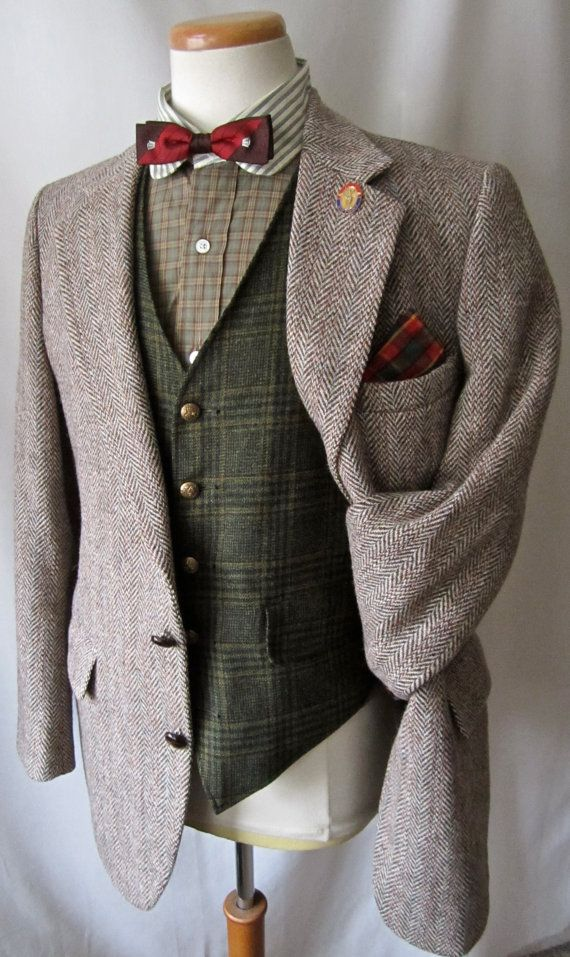 Shop men's tweed Waistcoats & Mens Tweed Jackets at Mens Tweed Suits. Discover luxurious, handcrafted Harris Tweed waistcoats, blazers and jackets today.