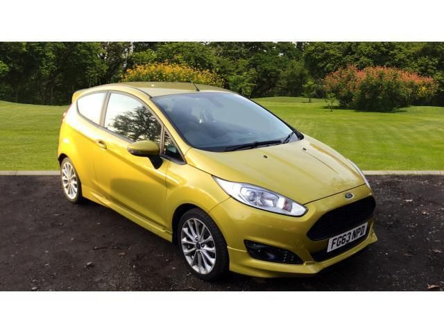 Looking for a 2013 ford fiesta 1.0 ecoboost 125 zetec s 3dr petrol hatchback? This one is on eBay.