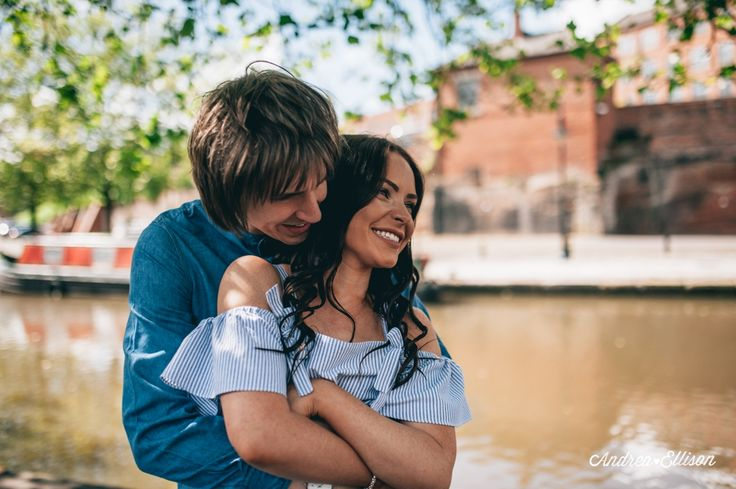A walk along Castlefield in Manchester for a sunny engagement shoot