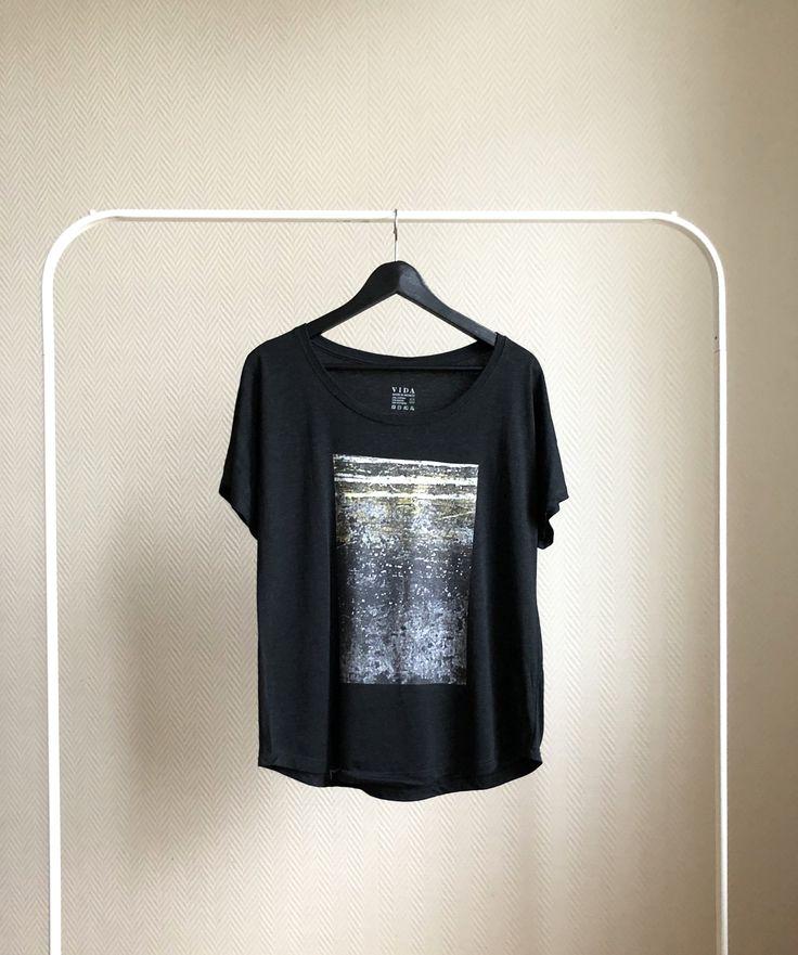 Art Square Unisex Tee/Boatneck Cut/Black