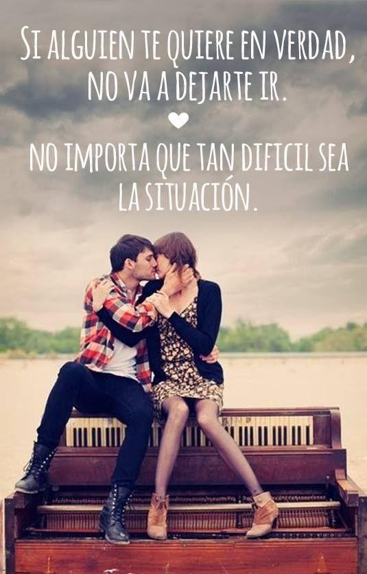 No importa que tan difícil sea la situación. y por eso sigo contigo porque yo si te quiero de verdad...E.A.L.P <3