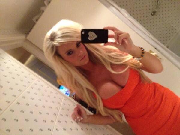 Blonda dotata
