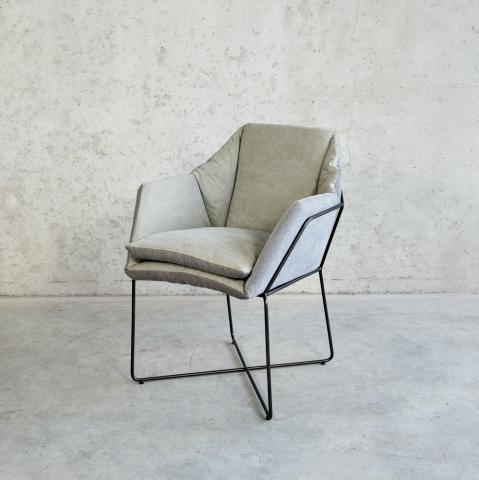 Moderne stoel metalen frame lichtgrijs voor binnen for Stoel metalen frame