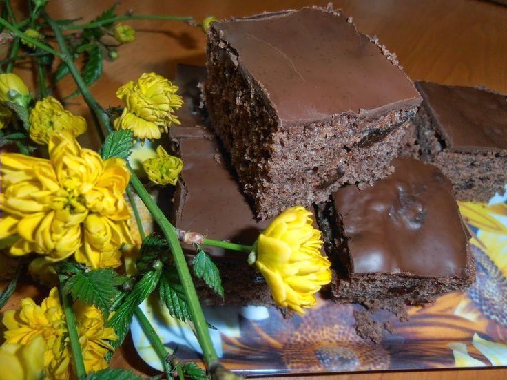 Gerdi süti: Aszalt szilvás-csokis süti