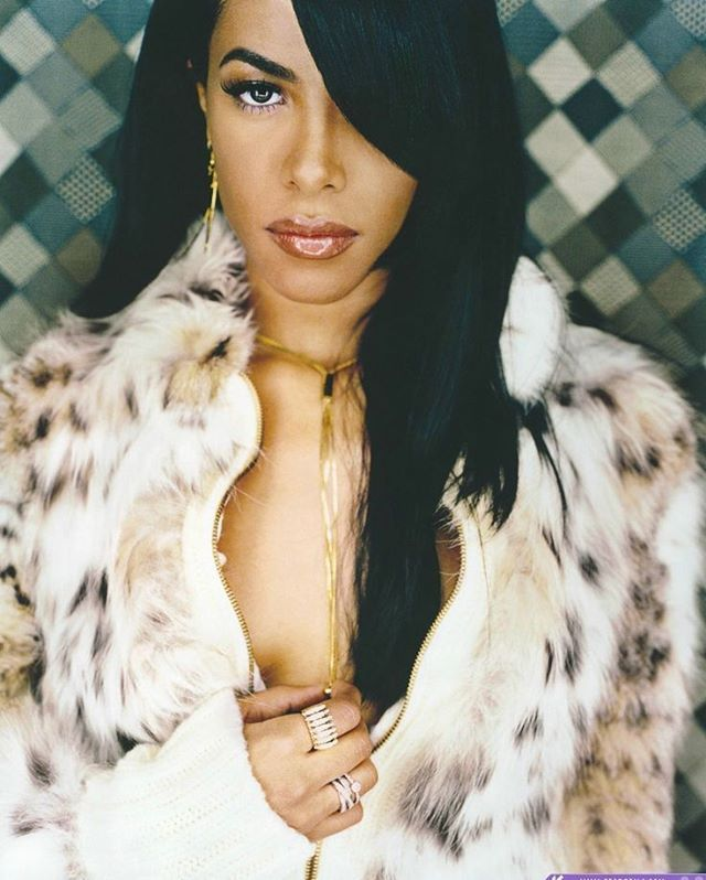 The R&B Queen. Forever missing you Aaliyah. #Womancrush #Wedensday #Queen #Singer #Artist #R&B #Hiphop #RIP #Music #Missingyou #Missyou #Love #Beauty #Suavecita