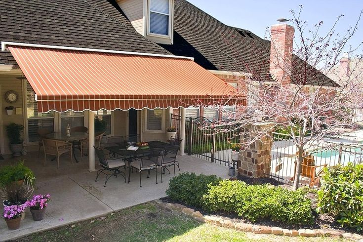 Retractable Sunbrella Awning For The Perfect Outdoorpatio Retractable Awning Awning Awning Shade