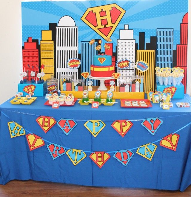 superman-party-dessert-table | @Mindy CREATIVE JUICE