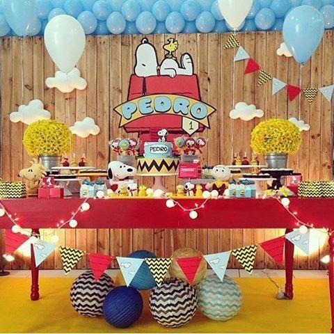 Festa linda com tema Snoopy por @kiaravieiramartinsdecor #kikidsparty