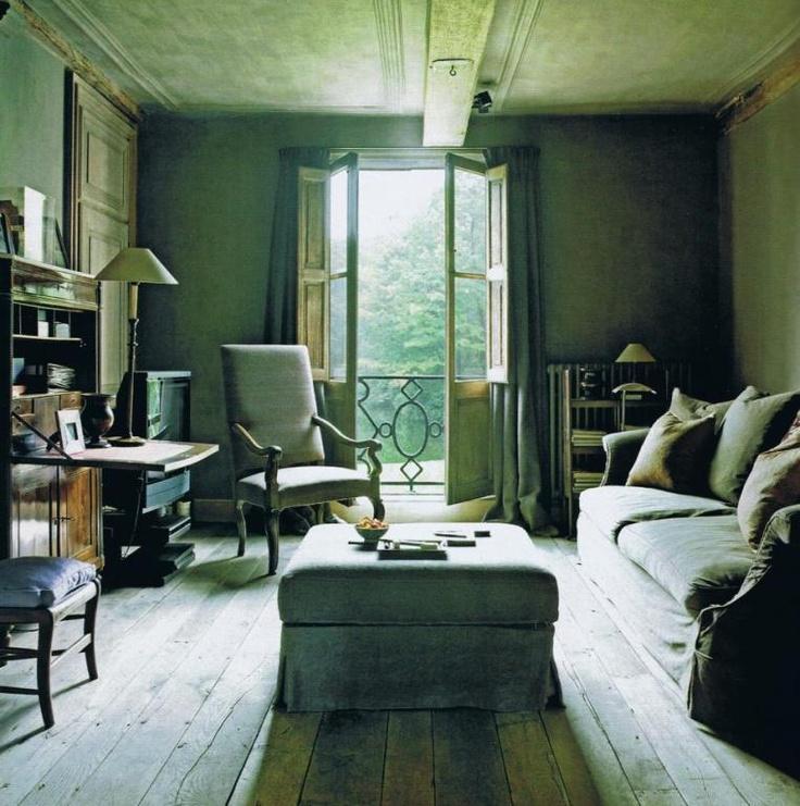 Belgian Villa Rozenhout c. 1790, owner Edouard Vermeulen  Source: Nest Déco Spécial magazine Oct. 2008