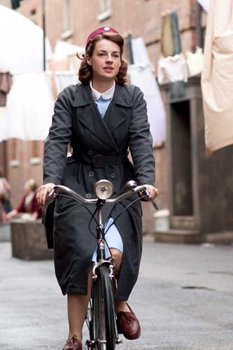 """I HAD to pin this because I'm in love with """"Call the midwife"""""""