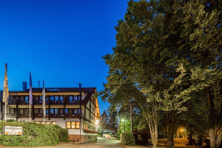 Inmitten herrlicher Natur und doch schnell erreichbar aus den deutschen Zentren befindet sich das AKZENT Hotel Frankenbrunnen.