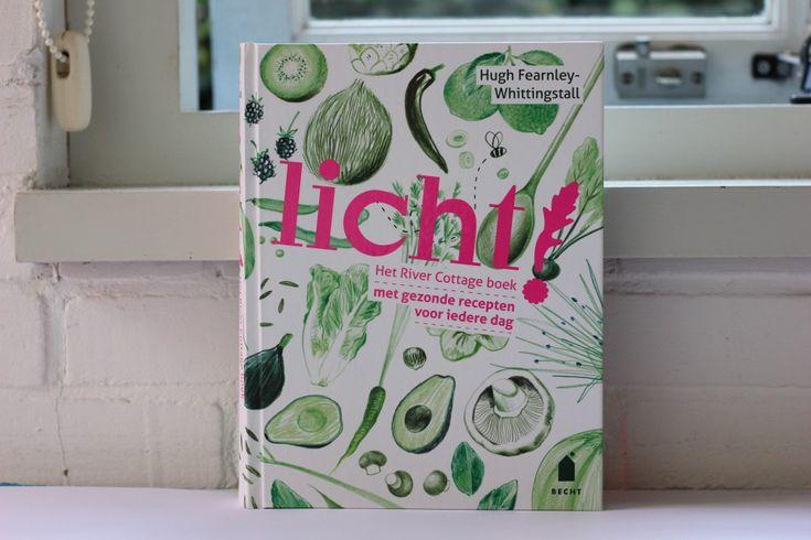 Boekrecensie: Licht! Het vierde River Cottage kookboek van de hand van Hugh Fearnley-Whittingstall. De focus in dit boek ligt op gezonde makkelijke maaltijden die tarwevrij en zuivelvrij zijn.