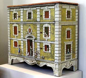 chest of drawers....