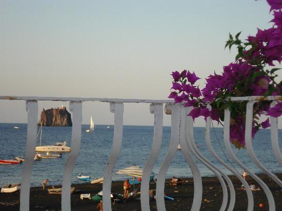 La Sirenetta-Park Hotel (Stromboli, Italy)