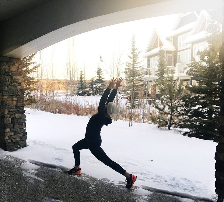Sun, rain or SNOW. Yoga-every-damn-day. Gotta love those chilly but beautiful Canadian winters, eh? ;)