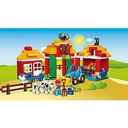 Mit dem großen Bauernhof von LEGO DUPLO können schon die Kleinsten toll spielen und alle Tiere liebevoll umsorgen.