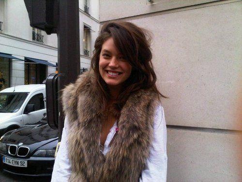 fur: Fur Coats, Rockin Style, White Tees, Hair Win, White Shirts, Fallwinter Style, Simple White, Furvest, Fur Vest