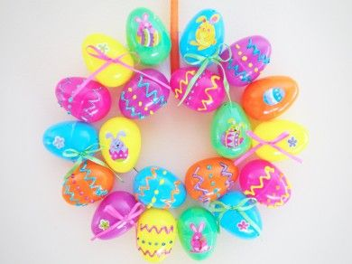 Easter Egg Wreath  Up-cycle your plastic Easter eggs  by Tara Lo