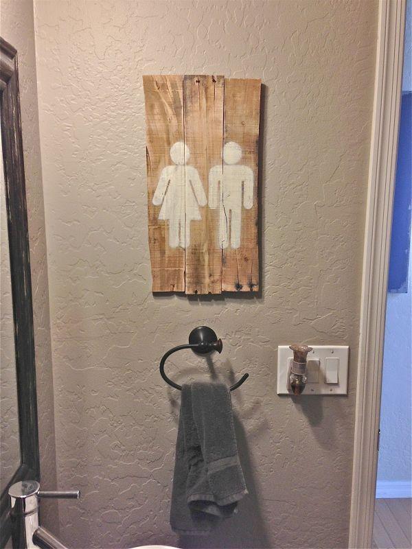 meuble palette de bois -panneau artistique