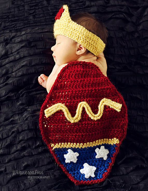 Crochet Wonder Woman Newborn Photography Prop Superhero