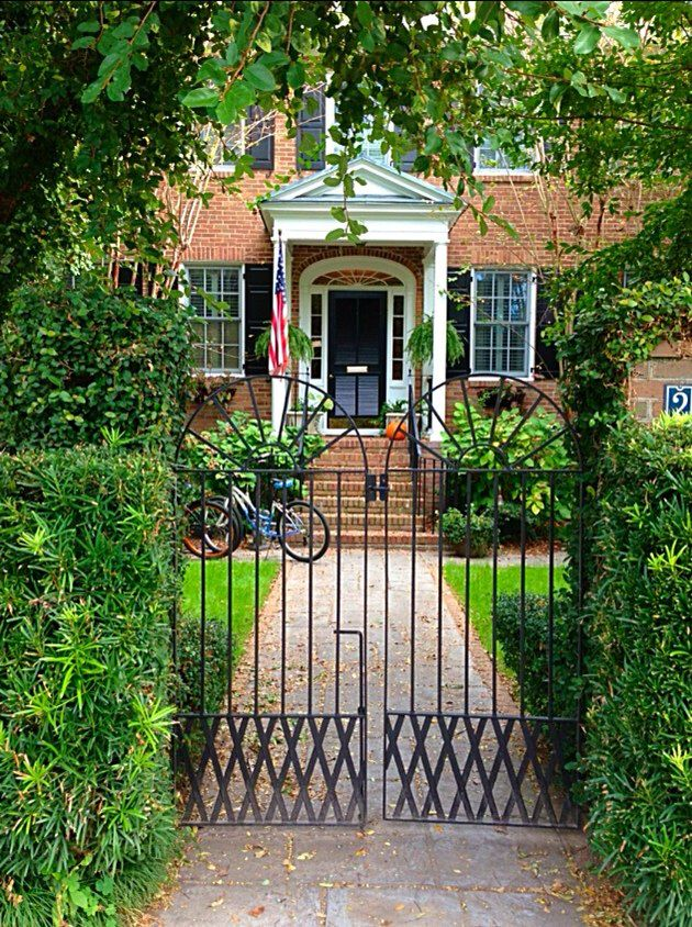17 best images about garden gates charleston style on for Charleston style fence