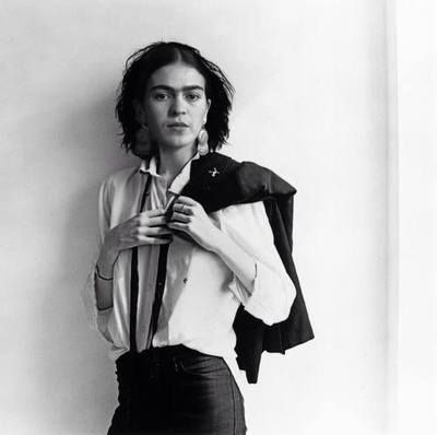 wow. Frida Kahlo I'd never seen this before. Assuming this is what the patti smith portrait is referencing