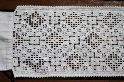 EUFEMIA: bringelist fra 1900,hardanger embroidery