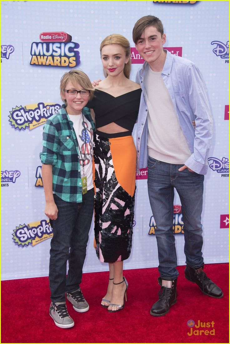 Photo of Peyton List & her Brother  Spencer List