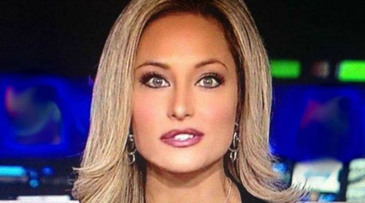 A Texas television reporter is out of a job after she criticized President Obama and praised President-elect Donald Trump on And so the persecution of those think differently begins.